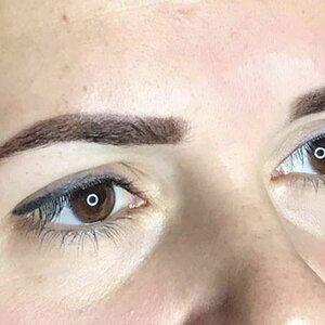 Feel Good Nail & Eye Care image 1