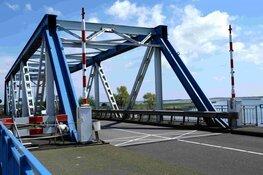 Balgzandbrug en Kooybrug volgende week elk een nacht dicht vanwege onderhoud