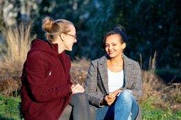 Vrijwilliger Margareth maakt vluchtelingen wegwijs in Hollands Kroon