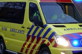 Automobilist gewond bij crash in sloot in Slootdorp