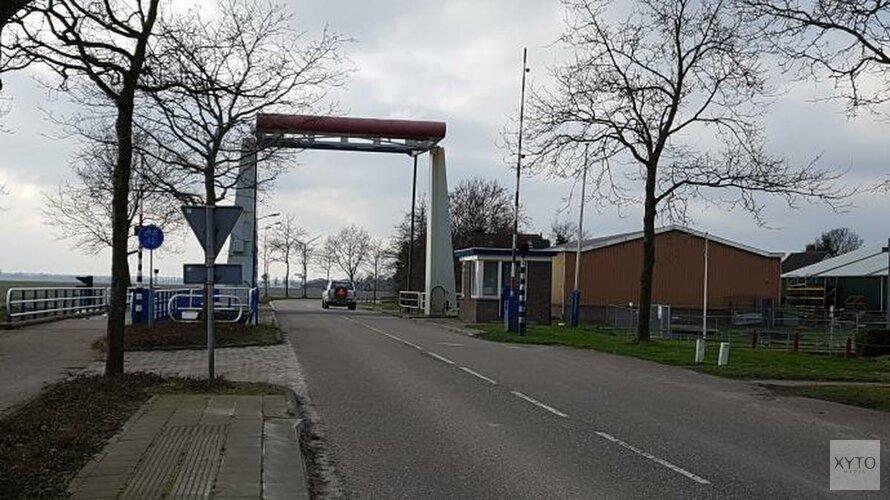 Afsluiting beweegbare brug in Slootdorp