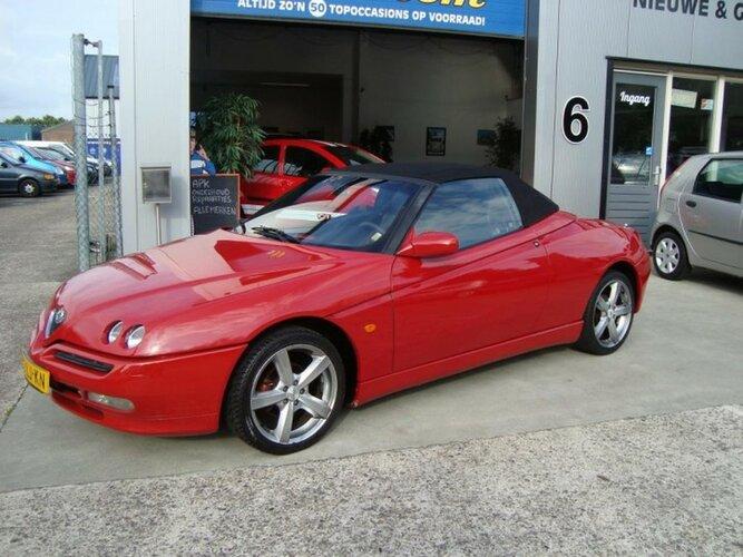 Garage van Wanrooy en een Alfa Romeo