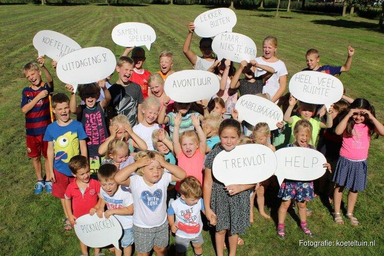 """Moeders Middenmeer willen jong en oud het huis uit krijgen: """"Het Koeteltuinvirus is actief!"""""""