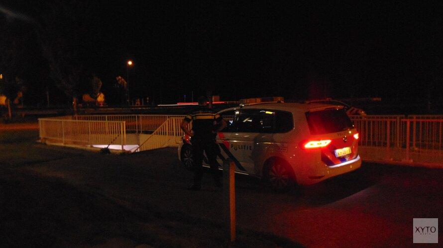 Politie met man op macht op zoek naar gevluchte automobilist bij Wieringerwerf